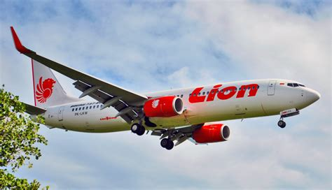 chiang mai citynews lion air flight suffers loss of
