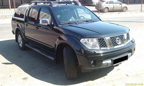 nissan navara 2009 2009 nissan navara pictures 2 5l diesel automatic for sale
