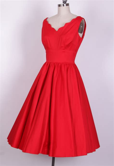 swing style dress 1950 s style red cotton scallop swing dress 12629b 12629b