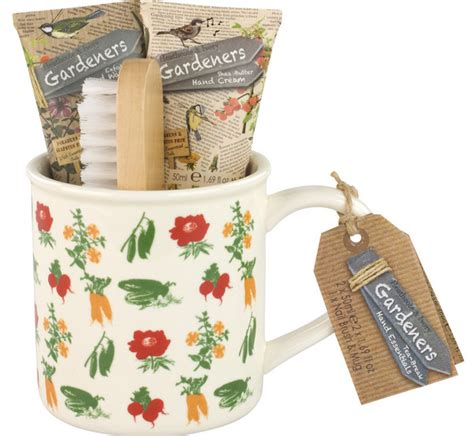 the great gardeners gift guide round up lifestylelinked com