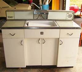 Youngstown Metal Kitchen Cabinets Youngstown Servi Center Metal Kitchen Cabinet Retro Renovation