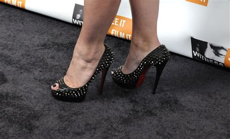 Anne Burrell Feet | anne burrell s feet