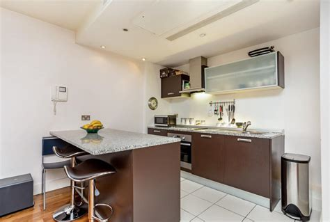 rent 2 bedroom apartment london 2 bed apartment to rent praed street london w2 1je