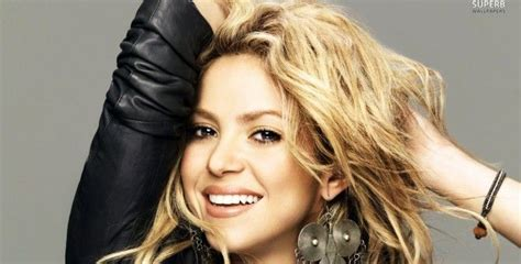 interesting facts about shakira biography 15 must see shakira biography pins shakira hair famous