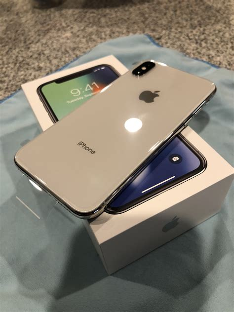 show us your new iphone x