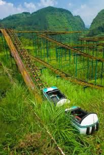 abandoned amusement park creepy photos of abandoned amusement parks best of web shrine