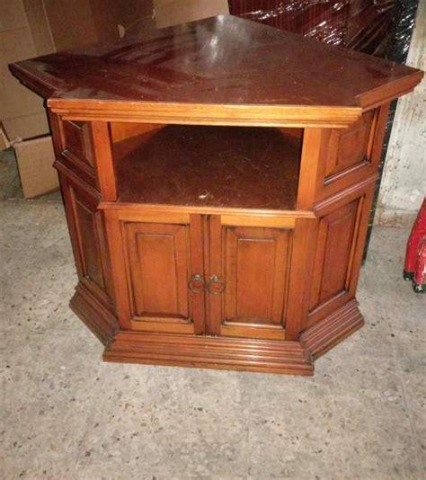 mobili porta tv roma mobile angolare porta tv in legno noce a roma kijiji