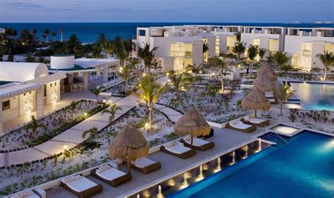 The Beloved Hotel Playa Mujeres   Modern Destination Weddings