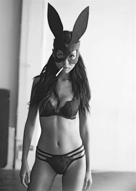 Masker Fashion Pink Rabbit bunny mask fashion the edge monochrome and