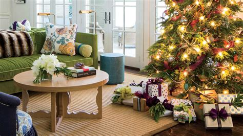 the ultimate holiday decorating guide southern living holiday decorations to match the d 233 cor christmas tree