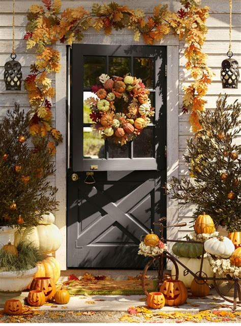 harvest decoration ideas for thanksgiving home interior 67 cute and inviting fall front door d 233 cor ideas digsdigs