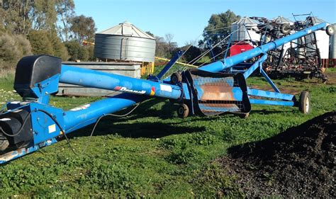 swing away auger for sale brandt 1070 swing away auger for sale 70ft x 10inch