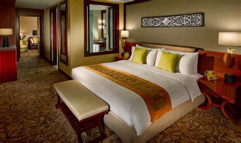 best accommodation in dubai hotel suite dubai luxury 5 accommodation dubai