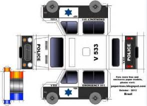 papermau easy to build police van paper model by