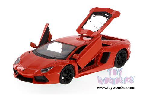 Lamborghini Memorabilia Lamborghini Aventador Lp700 4 Top 34210 1 24 Scale