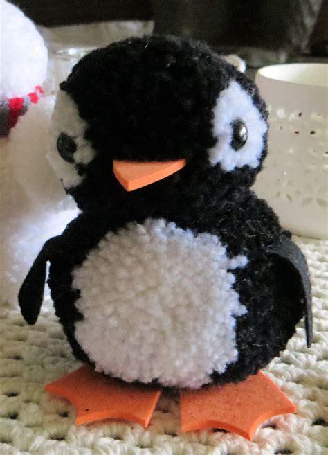 Pompons Aus Tüll Basteln by Pinguin Aus Pompons Bommeltiere Pinguine