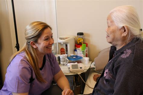 Comfort In Nursing by Treating Patients In The Comfort Of Their Homes Toronto