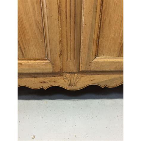 armoire ancienne 2 portes de style louis xv troc 3000 fr 233 jus