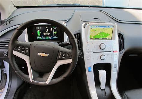 2015 Chevy Volt Interior by 2015 Chevrolet Volt Review Wheels Ca