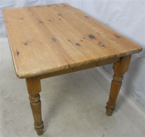 pine farmhouse kitchen table dining table pine farmhouse dining table