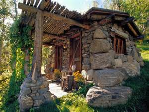 Cool Cabin Designs tiny stone cabin tiny small cabins cool cabin designs