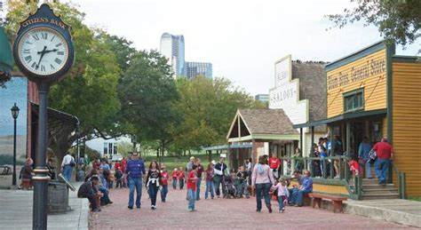 Kaos Town Heritage 8 Tx 12 amazing staycation ideas in downtown dallas for s minivan monologues
