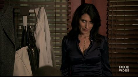 lisa edelstein house lisa cuddy in house 6 19 open and shut lisa edelstein image 11773354 fanpop