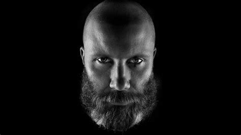 modi di portare la barba come ottenere il look quot calvo con la barba quot