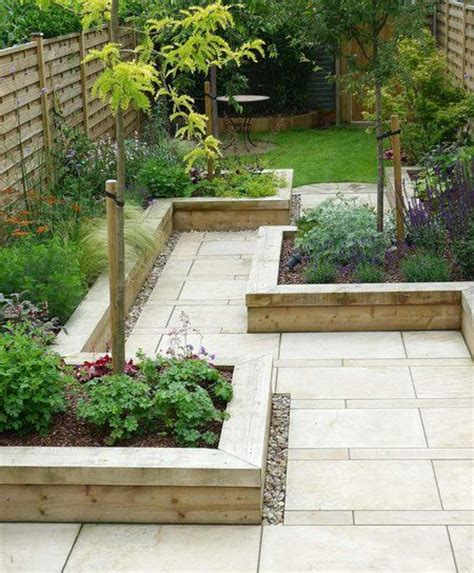 17 best ideas about narrow garden on narrow
