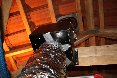 dunstabzug dach hilfe abluft der dunstabzugshaube durch das dach