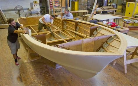 free fiberglass boat building plans boat building school marine technology building my
