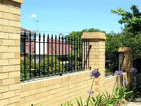 how much does it cost to brick a house how much does brick fencing cost