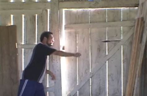 how to throw a knife how to throw a knife with no spin survival