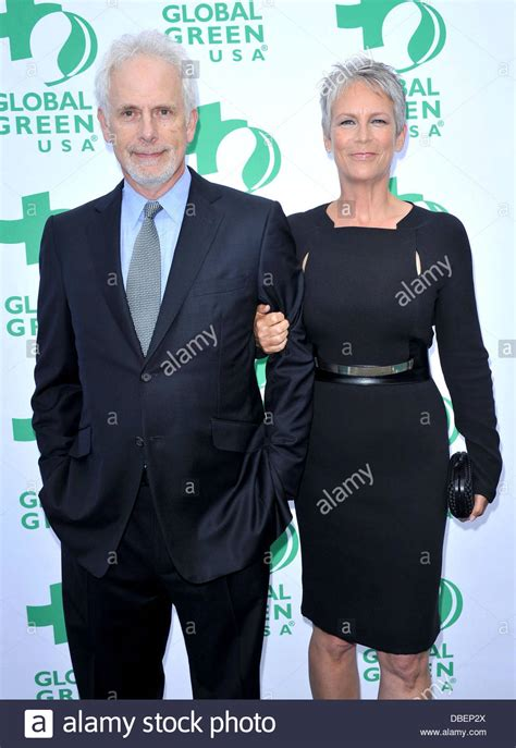 jamie lee curtis with husband jamie lee curtis and her husband christopher guest global