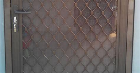 Pintu Expanda Kasa Nyamuk Aluminium 1600001 kusen aluminium garuda jual pintu kasa nyamuk aluminium