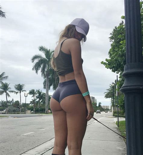 Sommer Ray Beautiful Women