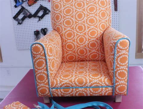 learn to do upholstery do you want to learn how to upholster furniture kim s