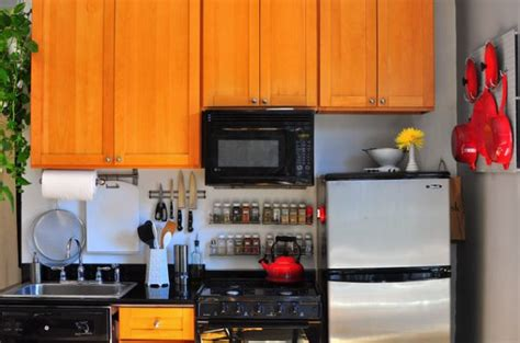 organize apartment kitchen the advantages of having a magnetic knife holder in the