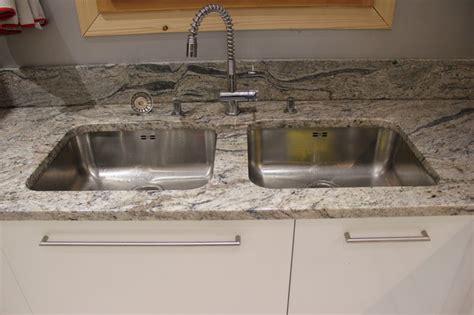 evier sous plan de travail granit 3280 derni 232 res cuisines granit r 233 alis 233 es 178