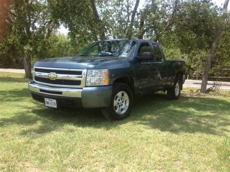 auto air conditioning service 2009 chevrolet silverado 1500 interior lighting buy used very nice 2009 chevy silverado 1500 z71 4x4 lt in mansfield texas united states for