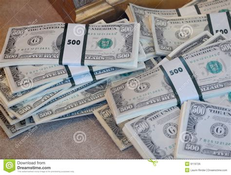 Free 500 Dollar Gift Card - 500 dollar bills royalty free stock image image 9119726