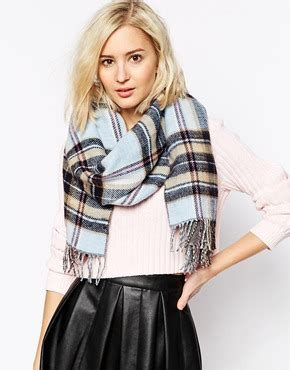 Budget Fashion Takes by Gorgeous Budget Fashion Buys To Take Your From Autumn To