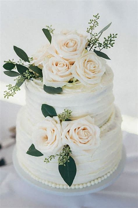 Wedding Cake Decorating Supplies by 25 Best Ideas About White Wedding Cakes On