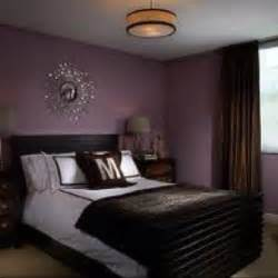 purple and silver bedroom 25 best ideas about purple bedroom walls on pinterest