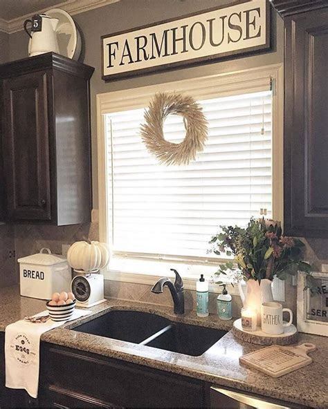 farmhouse kitchen decorating ideas 29 best farmhouse fall decorating ideas and designs for 2018