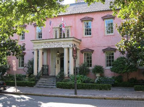 olde pink house the olde pink house picture of the olde pink house savannah tripadvisor