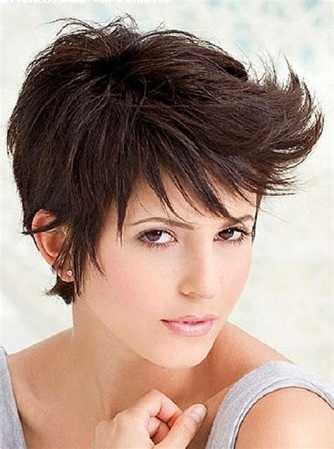 short off the face summer hairstyle with messy waves top 10 fashionable pixie haircuts for summer top inspired