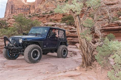 moab jeep safari 2017 2017 easter jeep safari moab rim hells revenge quadratec