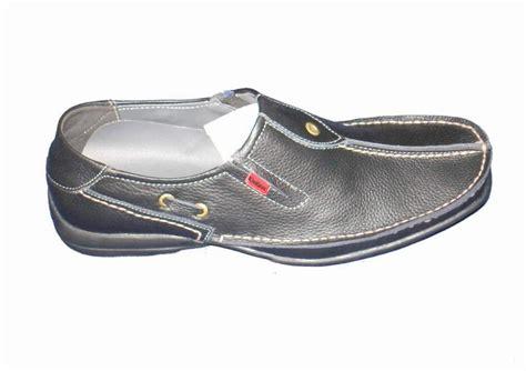 Sepatu Casual Kickers Jablay 1 sepatu kulit kumpulan gambar