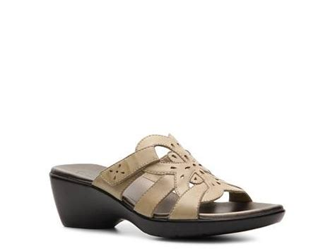 dsw comfort shoes clarks ella wedge sandal dsw